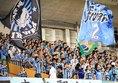 【神戸3-0川崎】必勝を期して声援を送る川崎サポーター。写真:佐藤 明(サッカーダイジェスト写真部)