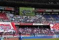 【横浜 1-1 G大阪】ホーム横浜のサポーター。写真:滝川敏之(サッカーダイジェスト写真部)