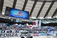 【磐田 0-1浦和】J1残留を願いチームを応援する磐田サポーター。写真:滝川敏之(サッカーダイジェスト写真部)