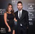 リオネル・メッシ(バルセロナ)と妻アントネラ・ロクソ。(C)Getty Images