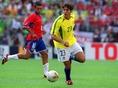 サンパウロでの傑出したハイパフォーマンスが認められ、2002年1月にセレソン・デビューを飾り、2002年の日韓ワールドカップにも選出された。 (C) Getty Images