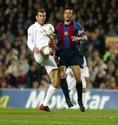 2001-2002シーズン|2002年3月17日|第30節|FCバルセロナ 1-1 レアル・マドリー|昨シーズンは監督としてクラシコを戦ったジダンとルイス・エンリケ。(C)Getty Images