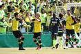 【柏2(5PK6)2千葉】先制ゴールを決めたのは瀬川祐輔。写真:茂木あきら(サッカーダイジェスト写真部)