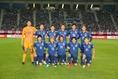 香川真司、槙野智章が負傷で鮮烈離脱。トリニダード・トバゴ戦に続き3-4-2-1のシステムを採用した。写真:山崎賢人(サッカーダイジェスト写真部)