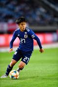 久保建英(MF/日本代表)|FC東京|173cm・67kg|18歳|飛び級でA代表に抜擢された18歳は、バルセロナの下部組織で磨いたテクニックと創造性が最大の魅力。新シーズンからR・マドリーのBチームでプレーすることが決定した。 写真:金子拓弥(サッカーダイジェスト写真部)