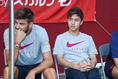 【神戸 0-2 バルセロナ】新加入の安部(右)はベンチ外となり出場のチャンスはなかった。写真:徳原隆元