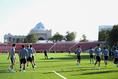 【日本代表練習 PHOTO】試合が行われるスタジアムは人工芝|写真:金子拓弥(サッカーダイジェスト写真部)