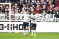 【神戸 1-1 横浜FC PHOTO】24分、瀬古(6番)のゴールでアウェーの横浜FCが先制。写真:徳原隆元