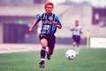 2000年/我那覇和樹 写真:サッカーダイジェスト