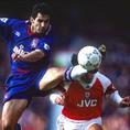 ギャビン・ピーコック(MF/イングランド国籍/在籍期間93~96年 /10番を背負ったシーズン:93-94~95-96/10番時代の公式戦成績:113試合・19得点・0アシスト)|写真:Getty Images