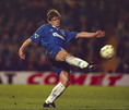 マーク・ヒューズ(FW/元ウェールズ代表/在籍期間 95~98年/10番を背負ったシーズン:96-97~97-98/10番時代の公式戦成績:74試合・22得点・3アシスト)|写真:Getty Images
