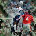 レス・ファーディナンド(FW/元イングランド代表/在籍期間97~03年 /10番を背負ったシーズン:97-98~98-99/10番時代の公式戦成績:49試合・10得点・0アシスト)|写真:Getty Images