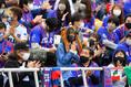 【J1第23節PHOTO】横浜FC1-0FC東京|アウェースタンドが解放され、FC東京サポーターも多く駆けつけた|写真:金子拓弥(サッカーダイジェスト写真部)