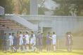 【高校サッカー選手権2回戦PHOTO】山梨学院1-0鹿島学園 健闘を称え合う両イレフブン 写真:浦 正弘