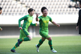 【高校サッカー選手権3回戦PHOTO】神戸弘陵学園 1-3 帝京長岡|先制を許した帝京長岡は14分に葛岡(11番)が同点ゴールをゲット。その後も迫力ある攻撃で2点を挙げて勝利した。写真:徳原隆元