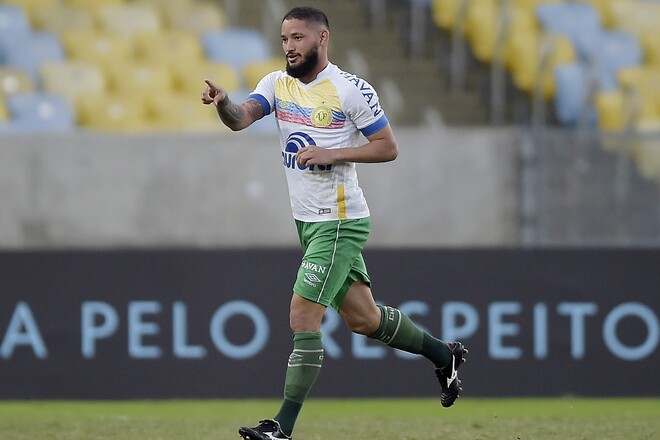 鹿島】28歳のアルトゥール・カイキを獲得。攻撃センスに優れるブラジル人MF | サッカーダイジェストWeb