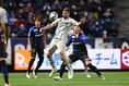 【J1第8節PHOTO】G大阪 0-0 福岡|前線の起点として身体を張ったプレーが光ったデルガド(9番)。攻撃だけでなく守備でもチームを支えた。写真:徳原隆元