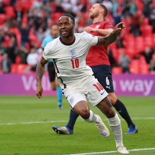 イングランドが首位、クロアチアが2位でGS突破